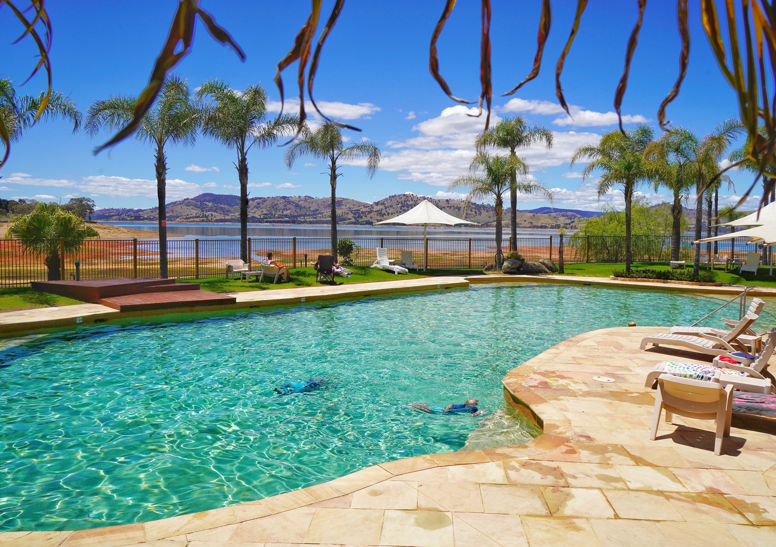 Resort style pool at Discovery - Lake Hume