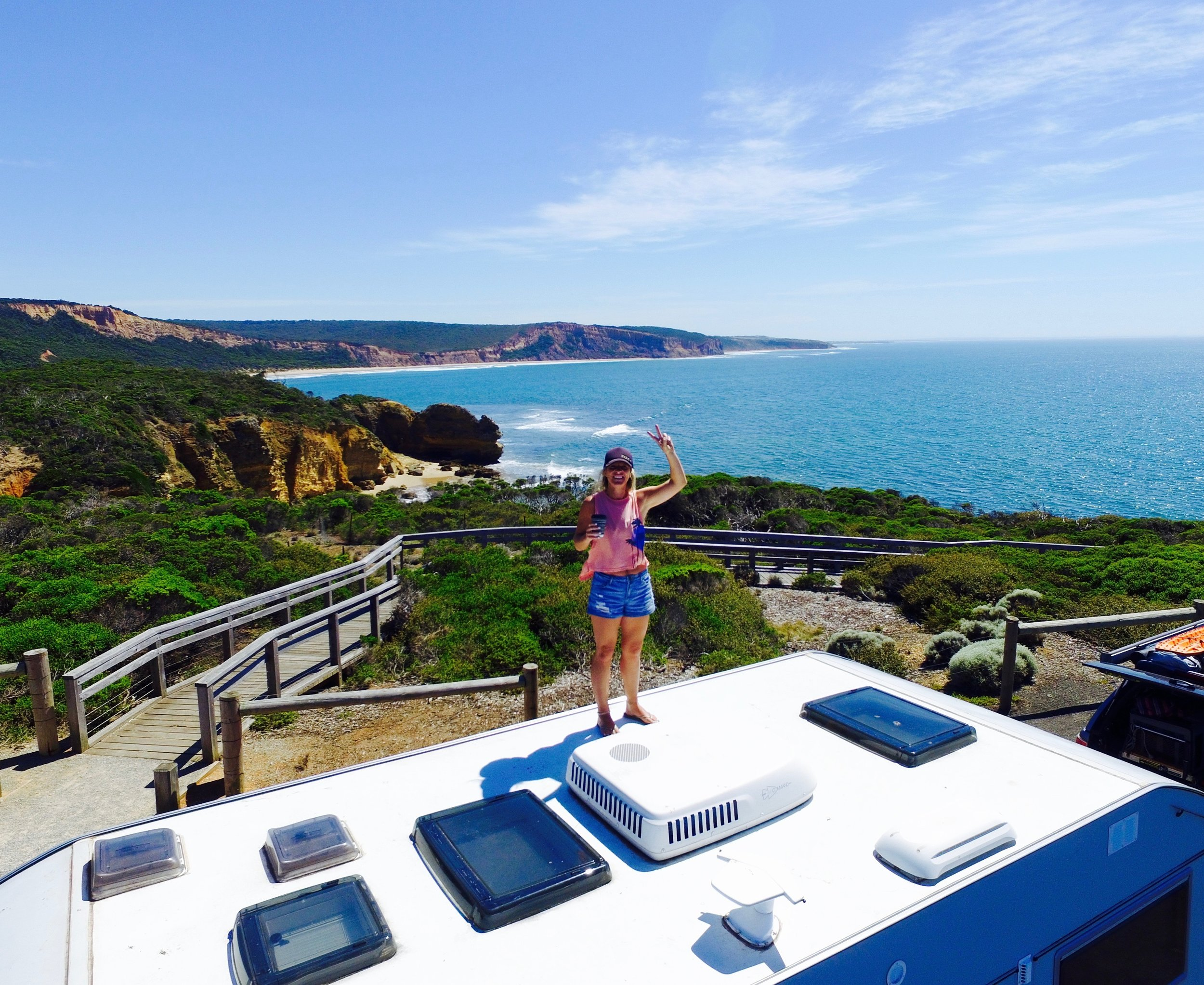 THE GREAT OCEAN ROAD - TORQUAY TO WARRNAMBOOL