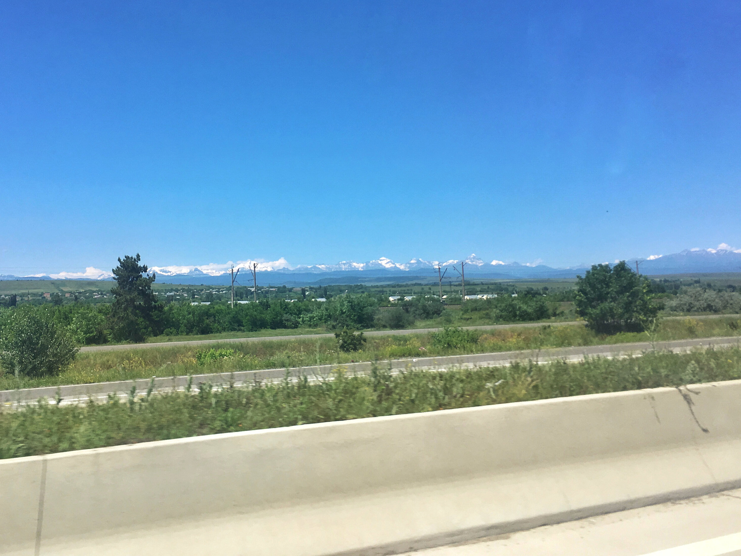 zooming by for now, but soon I will be all up in those mountains!