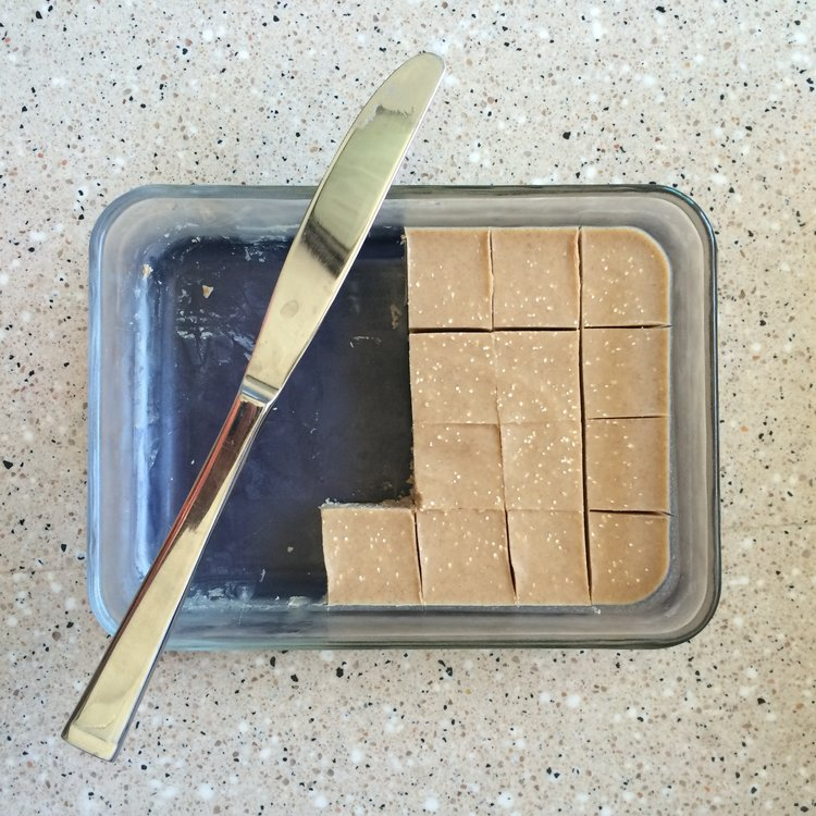 Tahini Fudge - This tahini fudge is such a creamy treat! It's naturally sweet without any added sugar, and totally hits the spot on these hot days. Even better, you probably have everything on hand already!