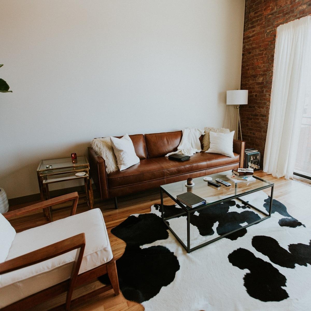 bachelor-pad-interior-design.jpg