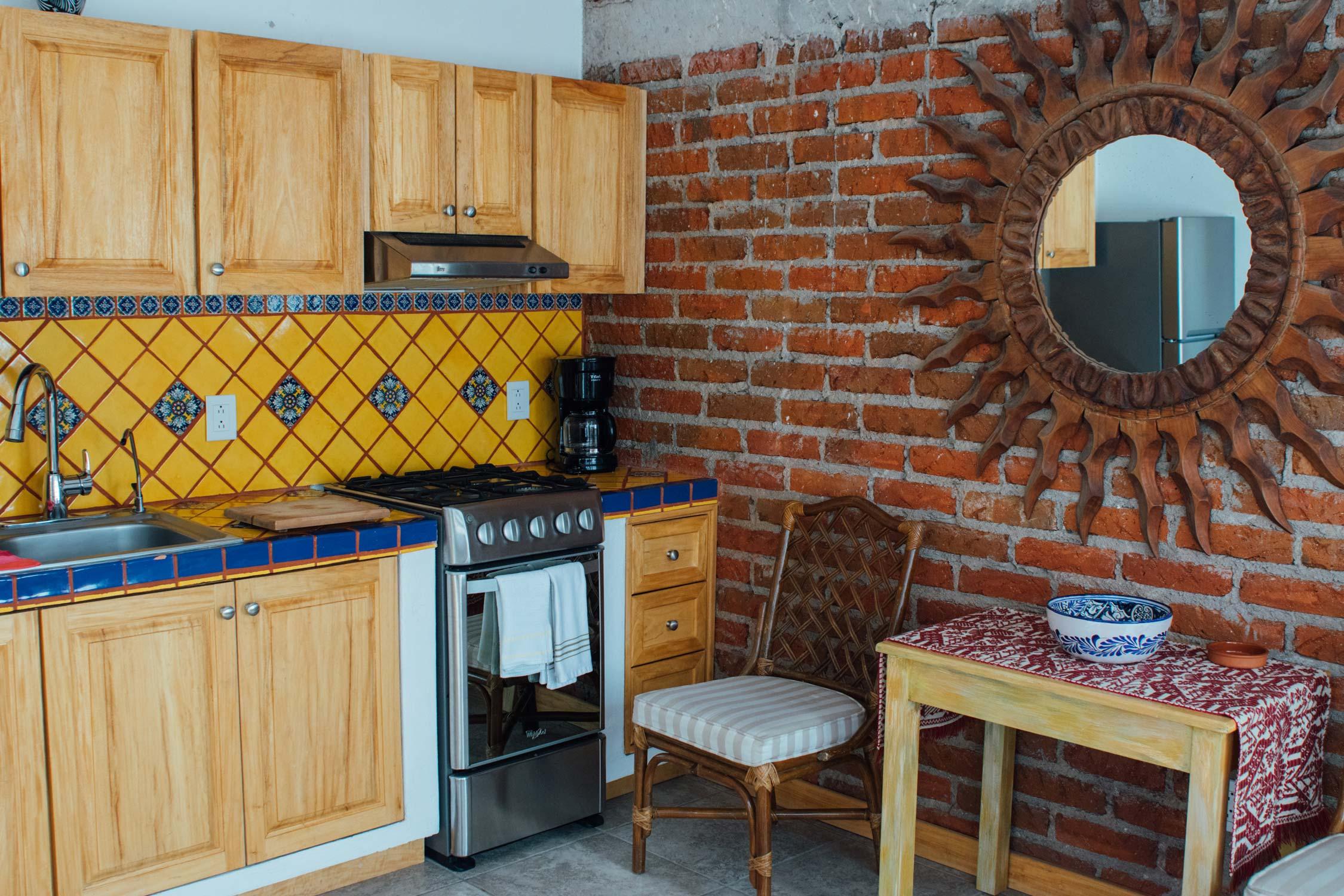 bungalow4-kitchen.jpg