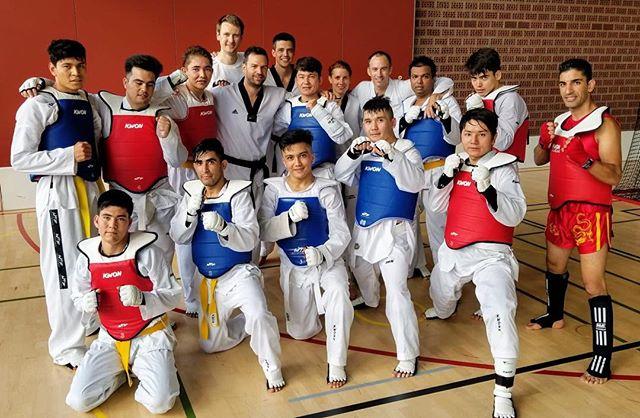 #taekwondo #fightingspirit #trainingweekend #kerenzerberg #competitiontraining #squadstyle #kihap