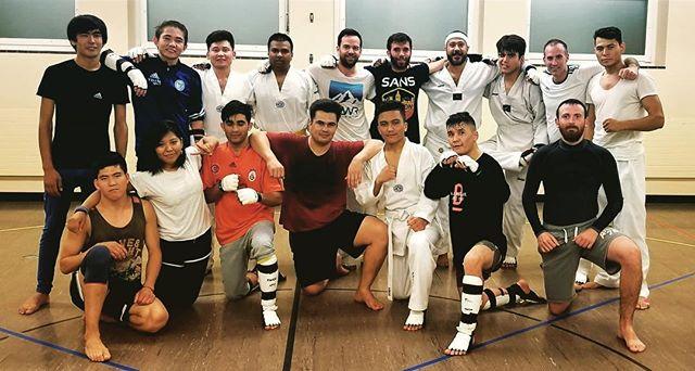 #taekwondosquadzueri #kyorugi #passion #competitiontraining #taekwondo #coolgroup #squadstyle #züri