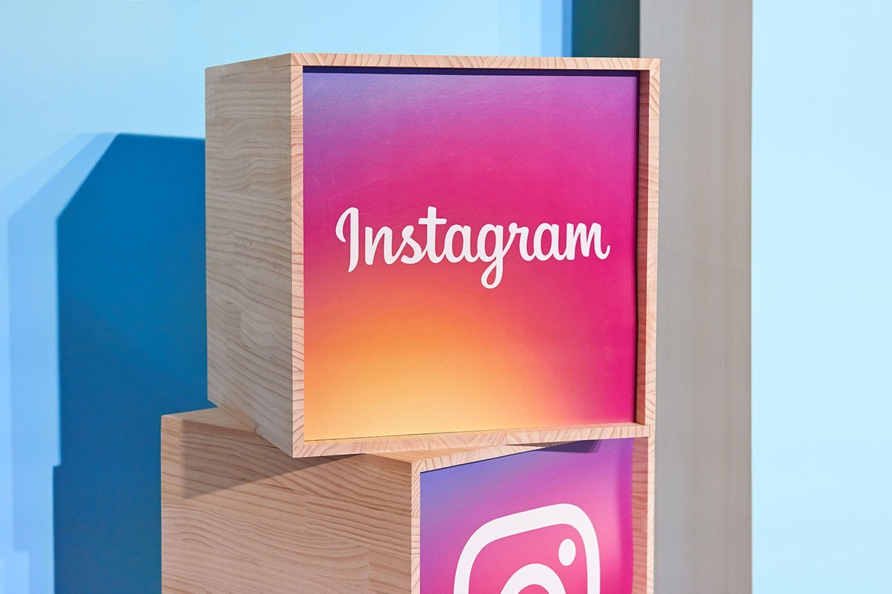 https___hypebeast.com_image_2019_08_facebook-instagram-whatsapp-rename-from-announcement-1.jpg