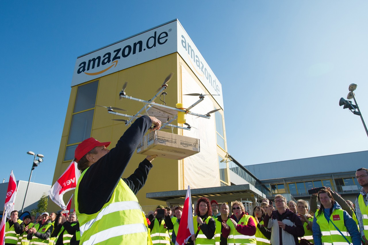 https___hypebeast.com_image_2019_08_amazon-drone-delivery-service-technology-faa-approved-operations-0.jpg