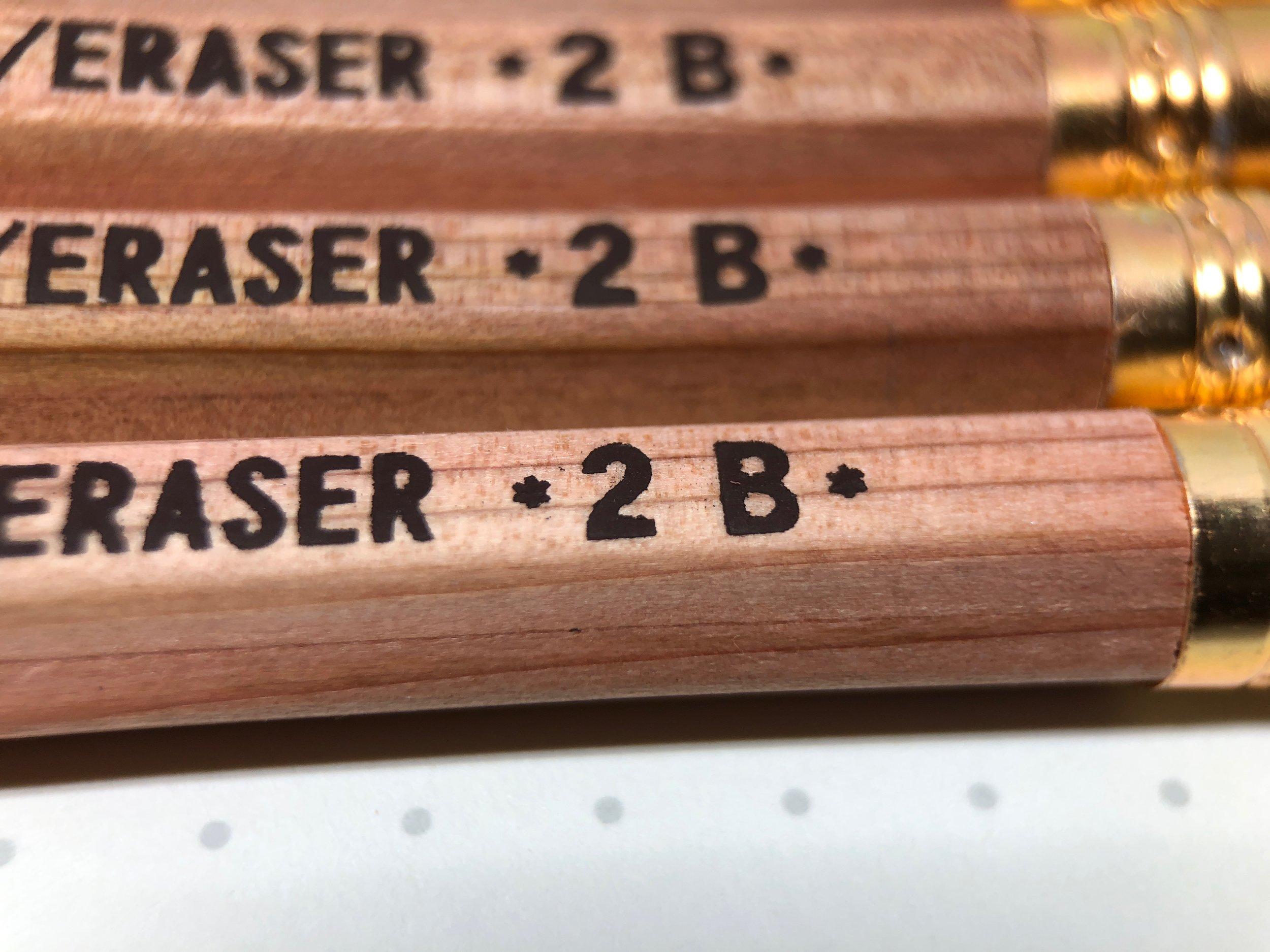 daiso-golden-sword-pencil-6.jpg