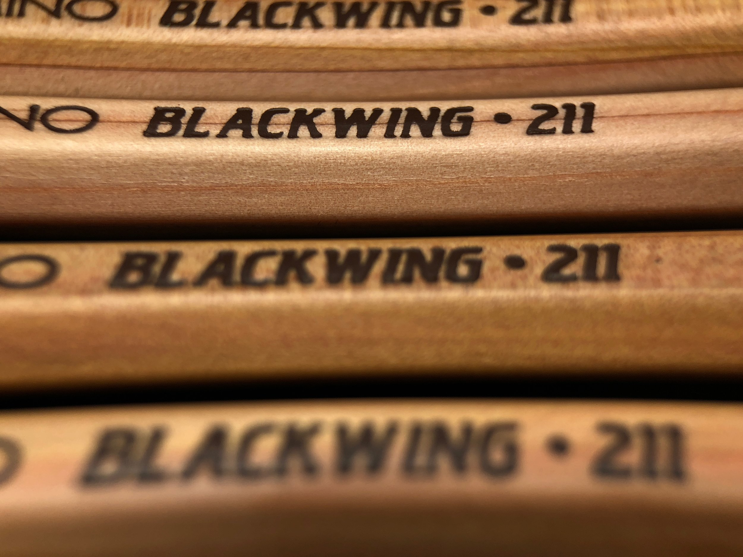 palomino-blackwing-211-pencil-10.jpg