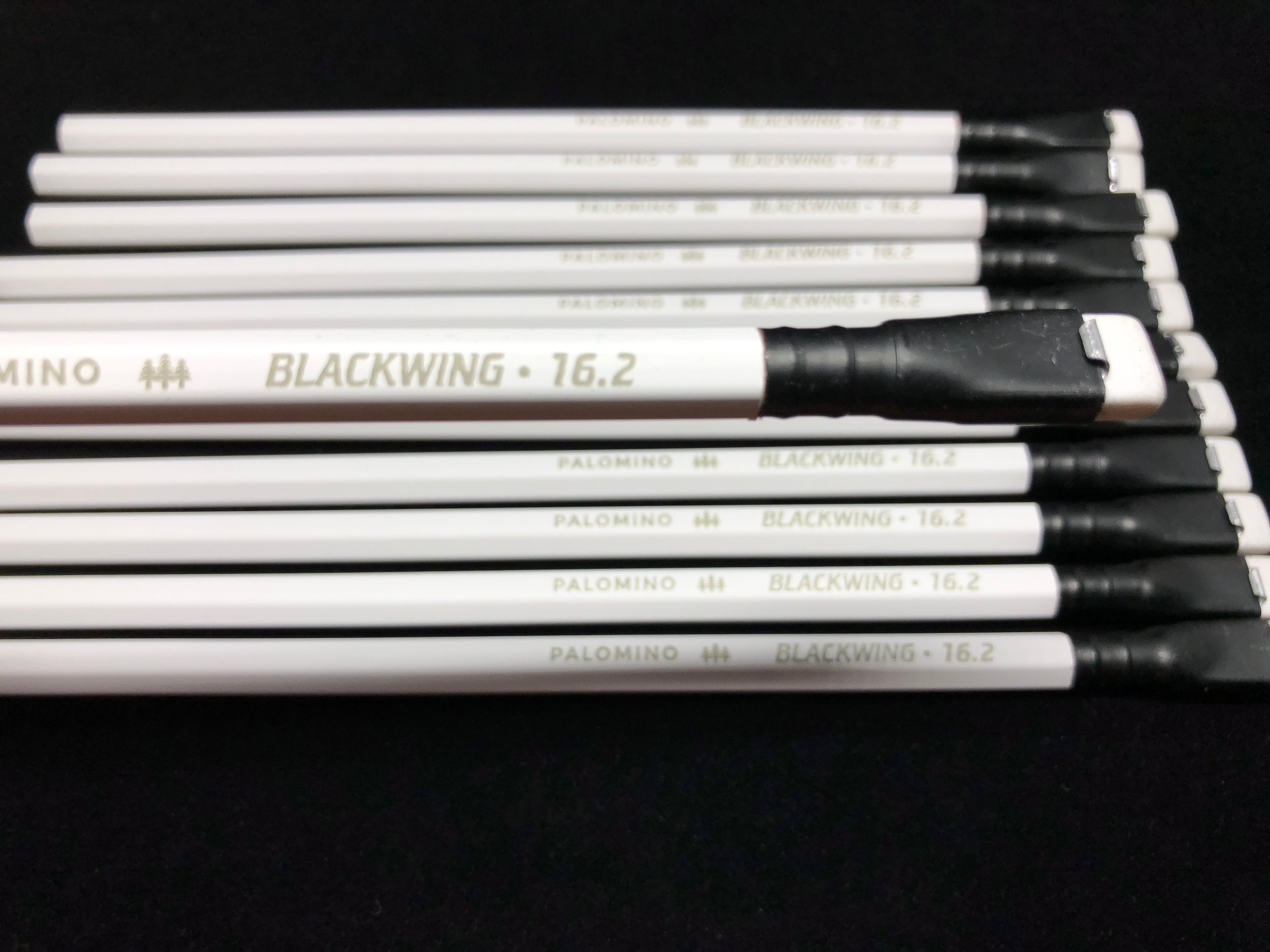blackwing-16_2-pencil-8.jpg