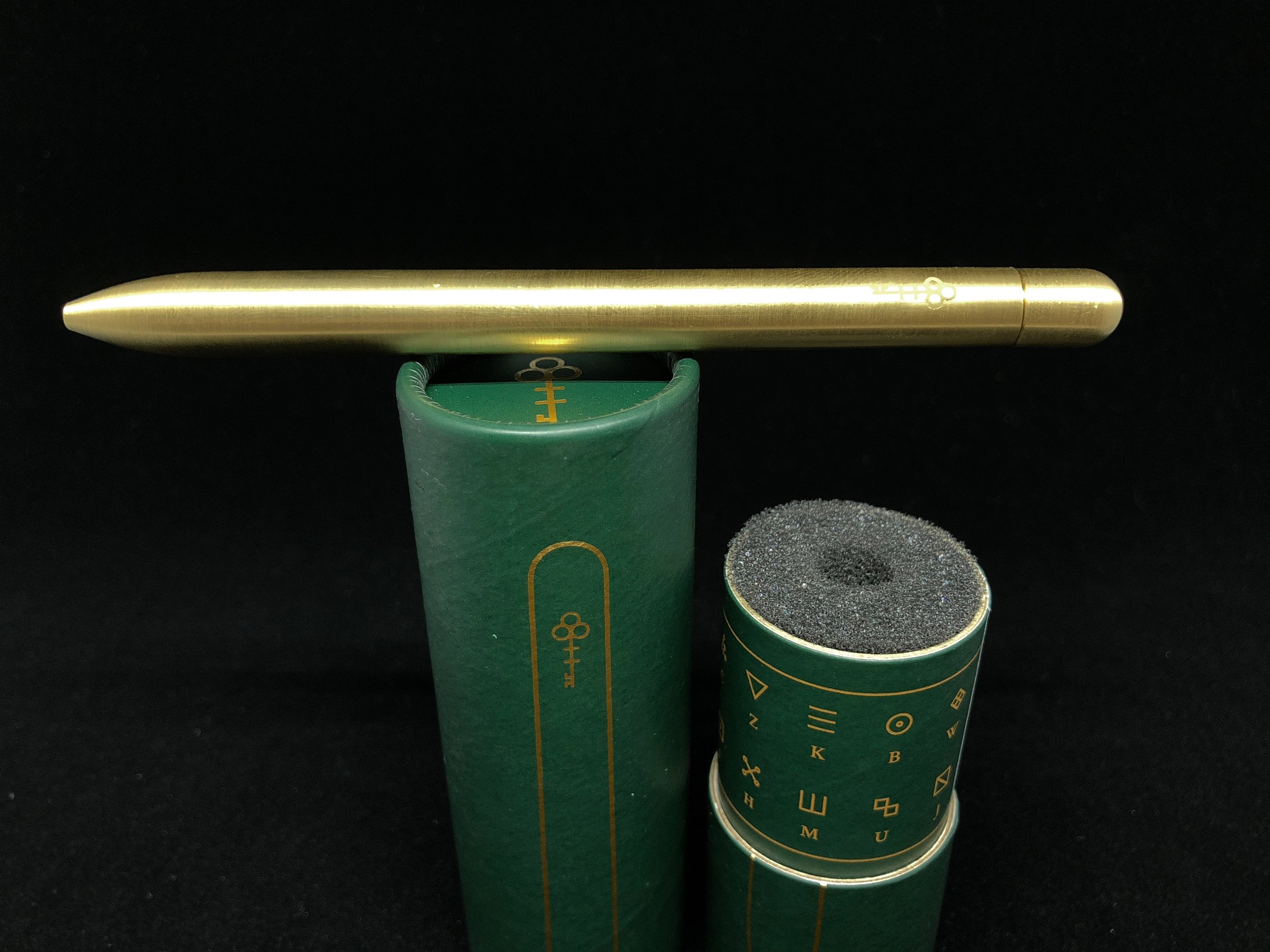 baron-fig-squire-pen-key-brass-6.jpg