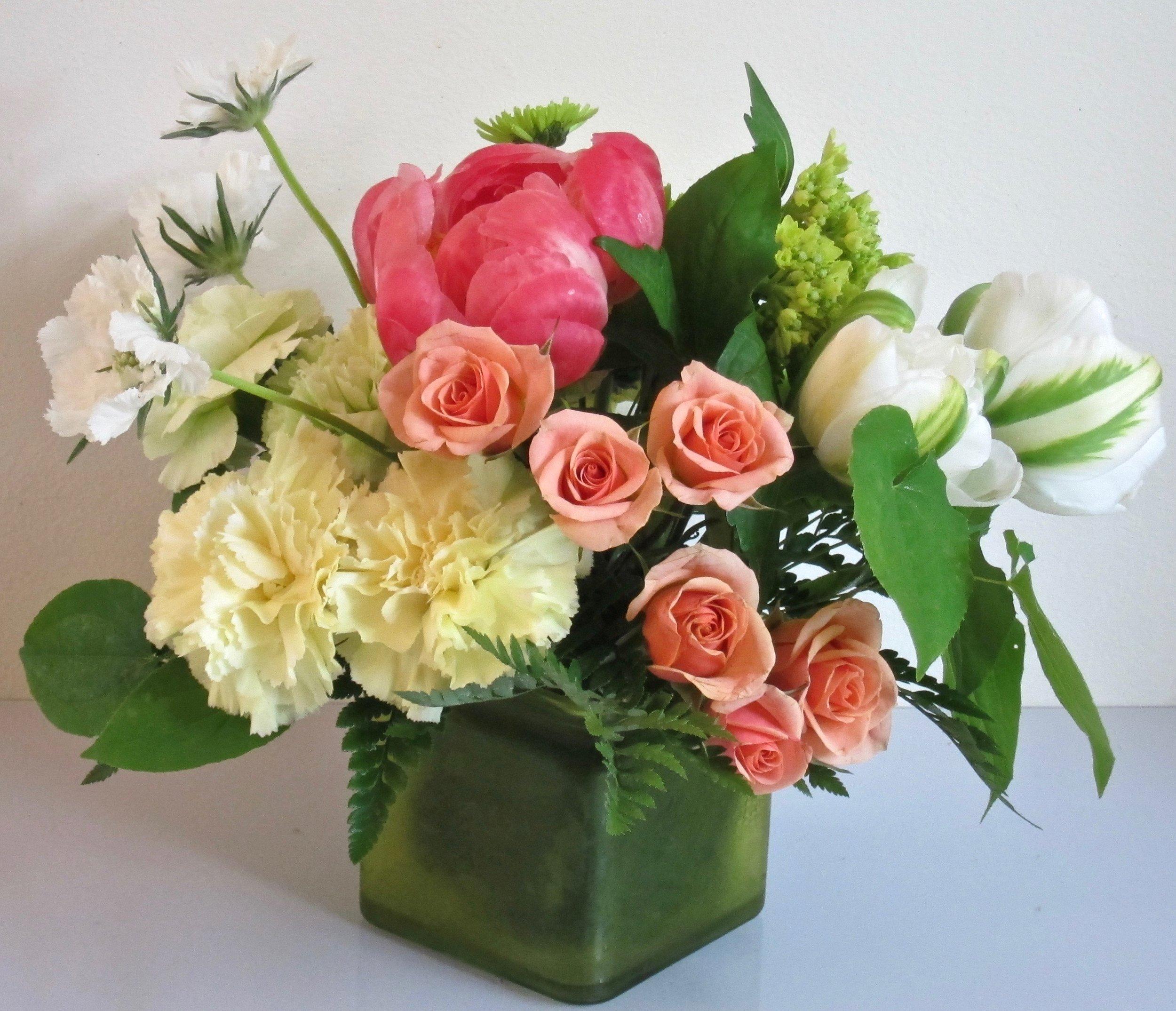 PETIT COLOR CUBE   of seasonal flowers, $45.