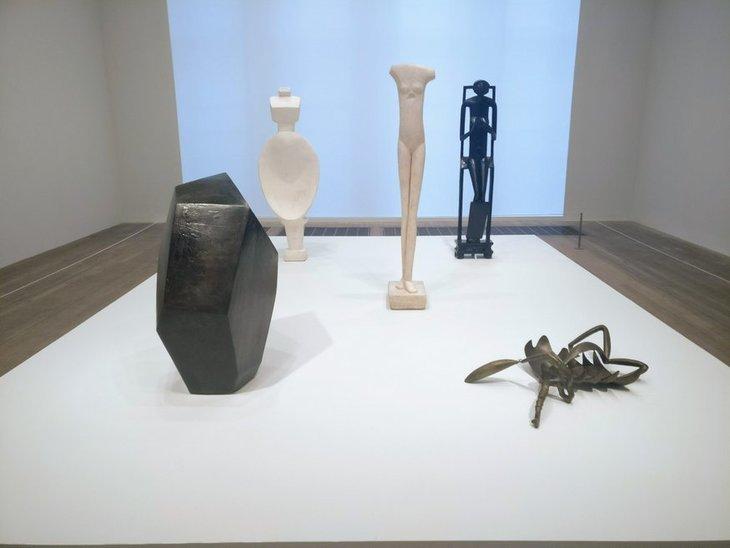 Exhibition room 4.jpg