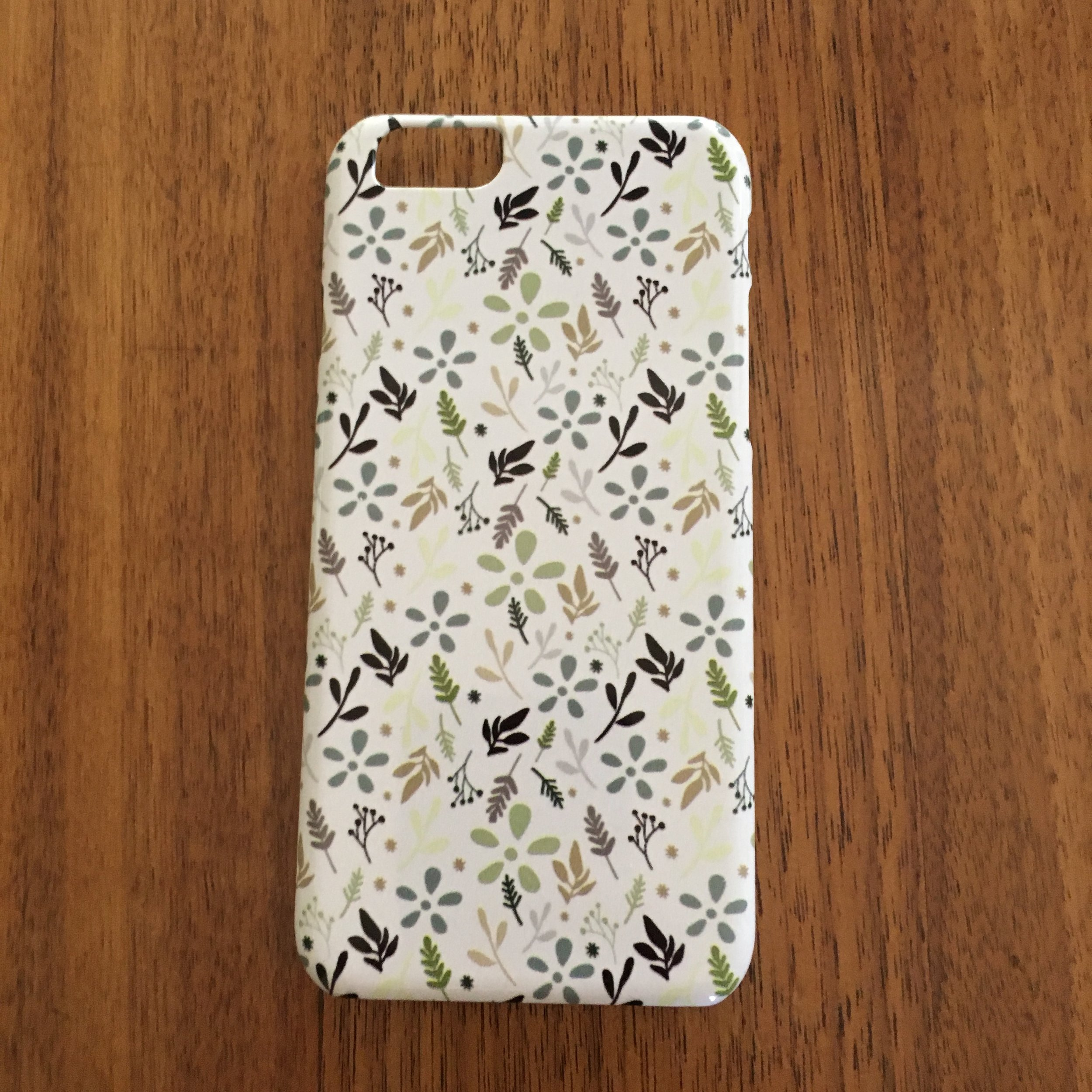 iPhone case: Tossed print