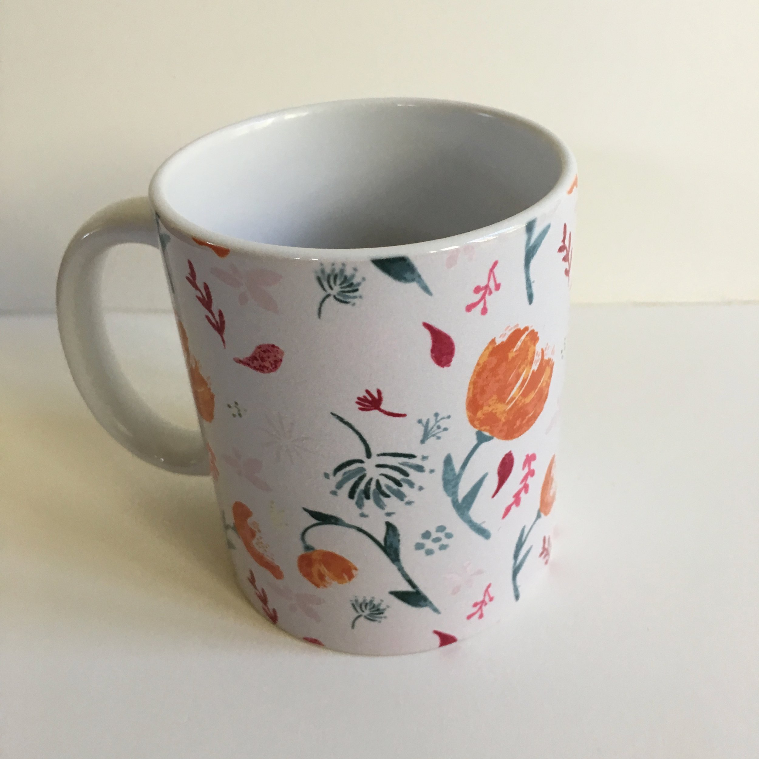 11 oz mug in watercolor floral pattern
