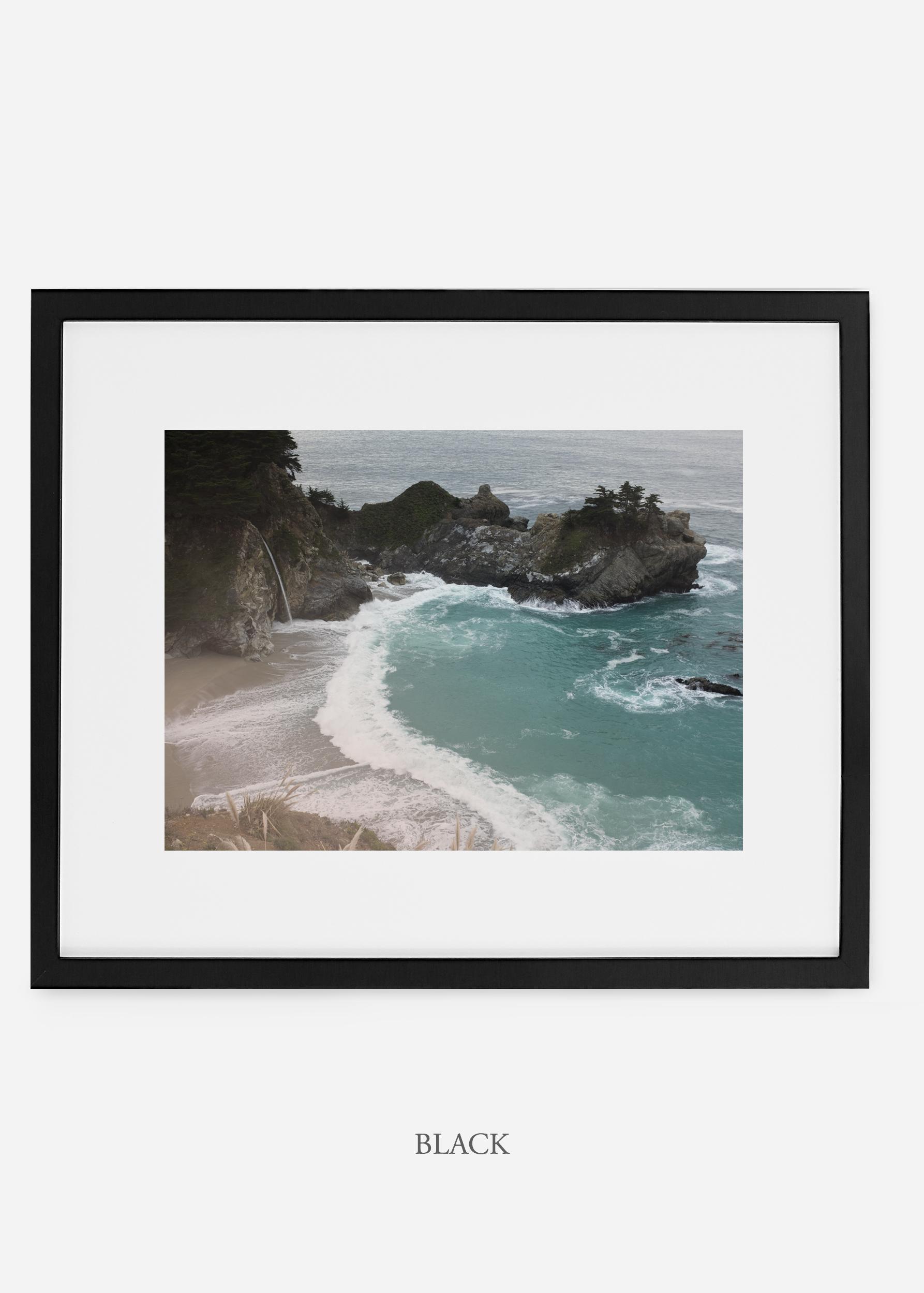 WilderCalifornia_blackframe_interiordesign_oceanprint_BigSurNo.1.jpg