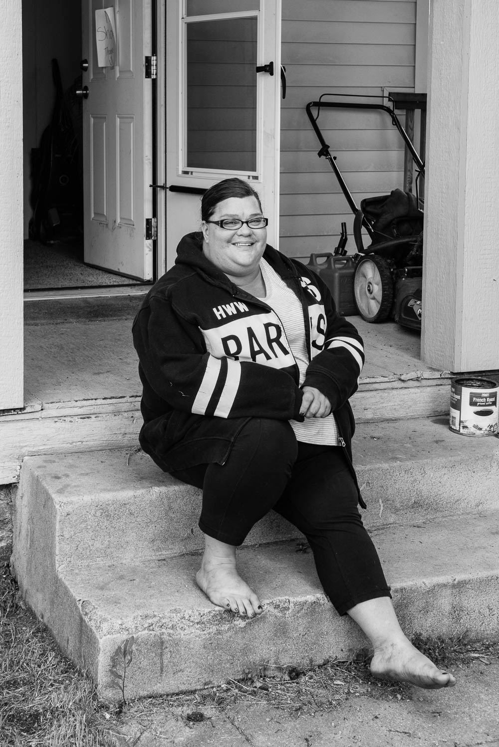 Traci now owns her own home. She counsels homeless veterans and people addicted to drugs. She also works as an apartment manager.
