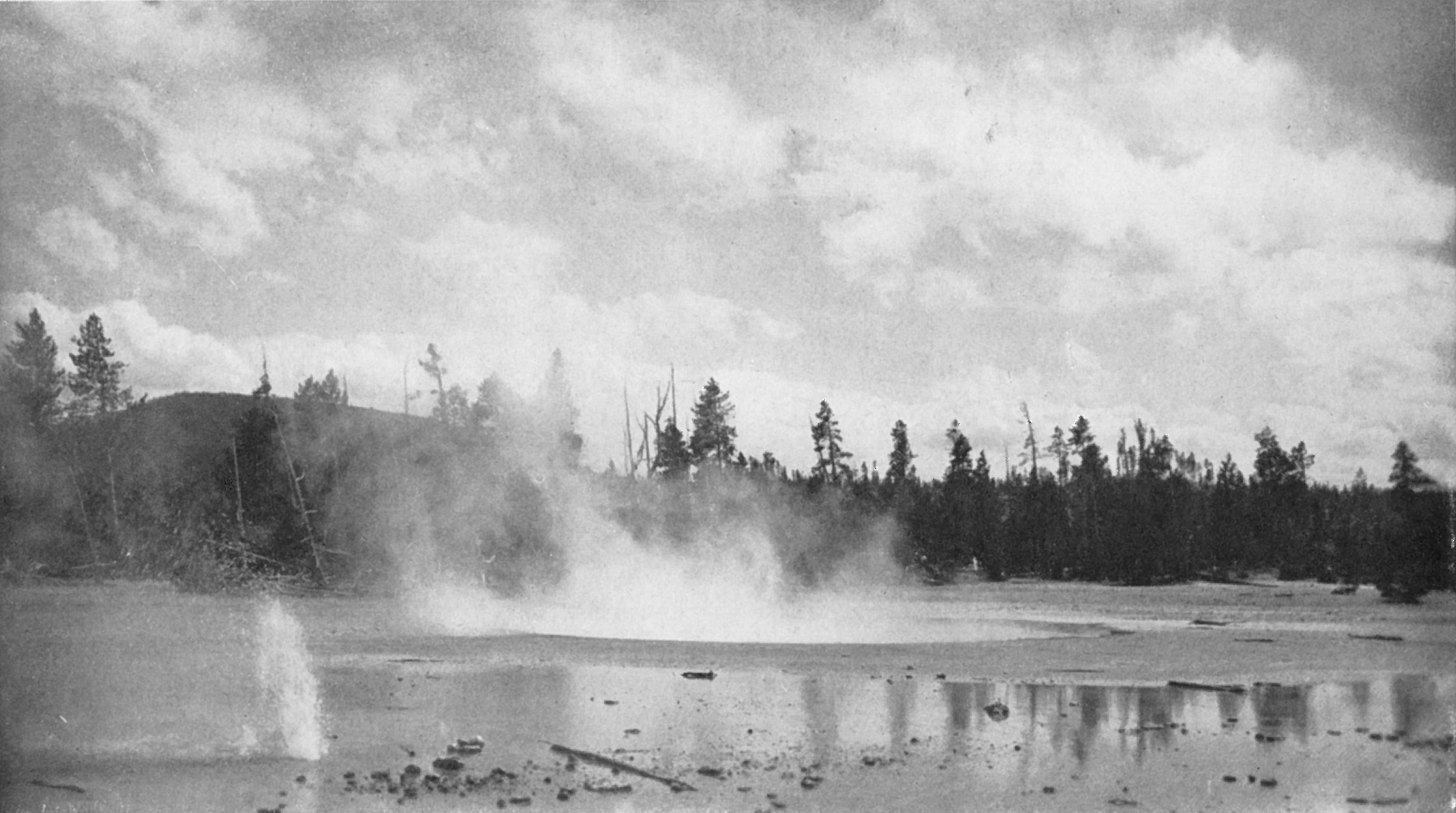 Cinder Pool and 'Small Perpetual Spouter' - 1925-1935?