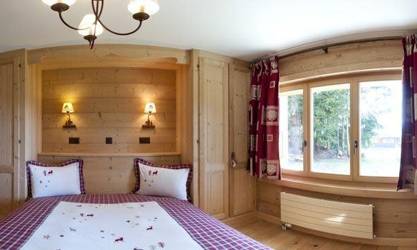 Alpe Fleurie Room.jpg