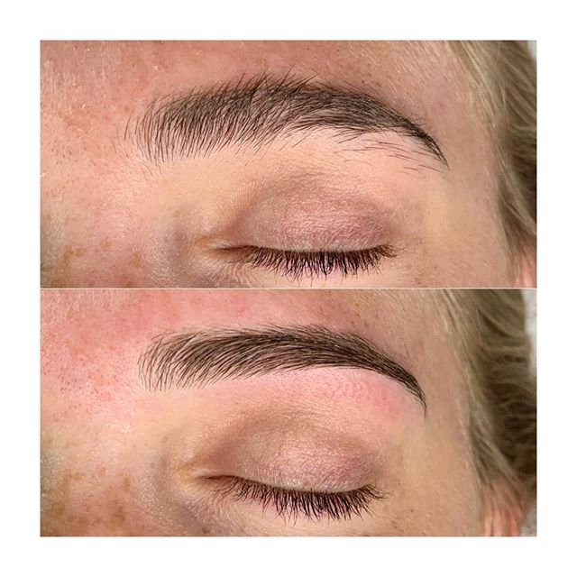 These brows are ready for college 😊 📚 #browwax #beforeandafter #browrefresh #theskinloft