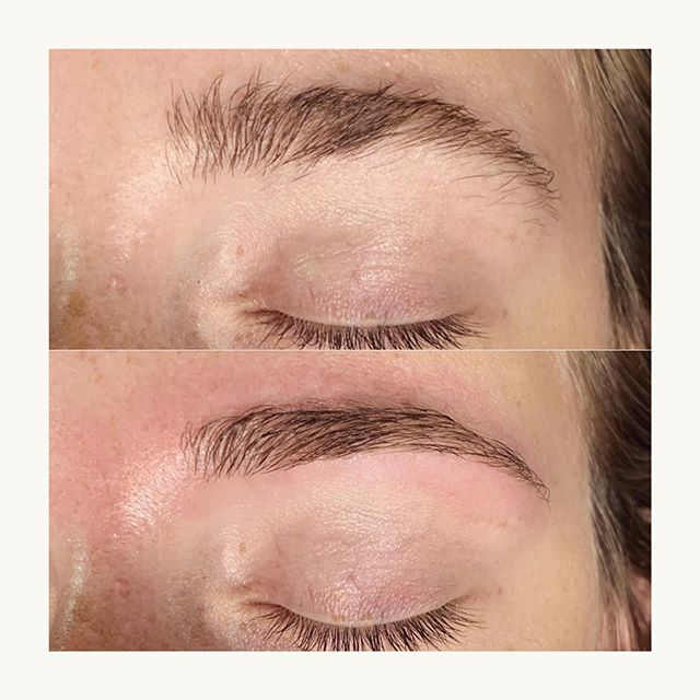 WAX IT  WEDNESDAY Fresh shape for these beautiful, natural brows 🖤  #browrefresh #browboss #billiondollarbrows #theskinloft