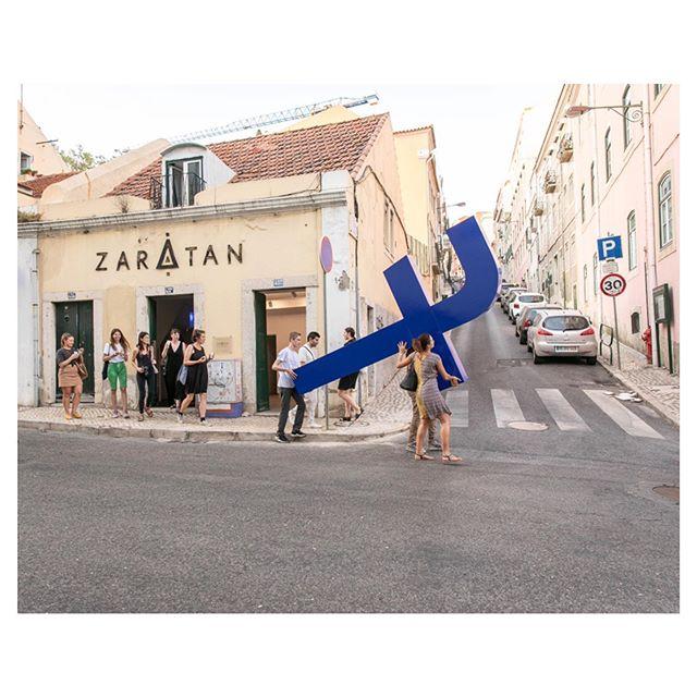 Carrying the Cross performance piece by Filipe Vilas-Boas #publicart #streetperformance #contemporaryart #lisboa #zaratan