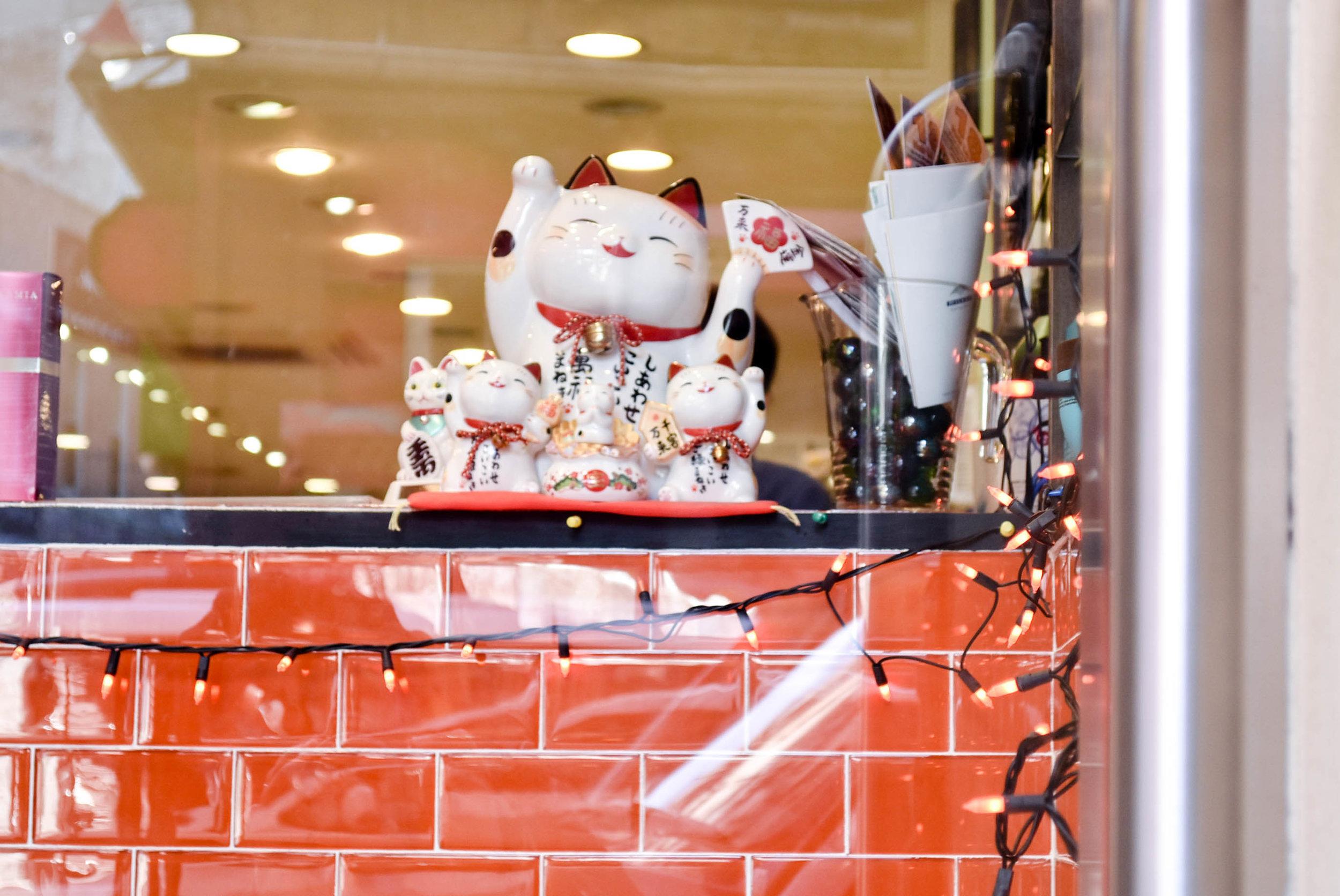 Ceramic Cats on a Window, Chinatown, NYC - Nov 2016