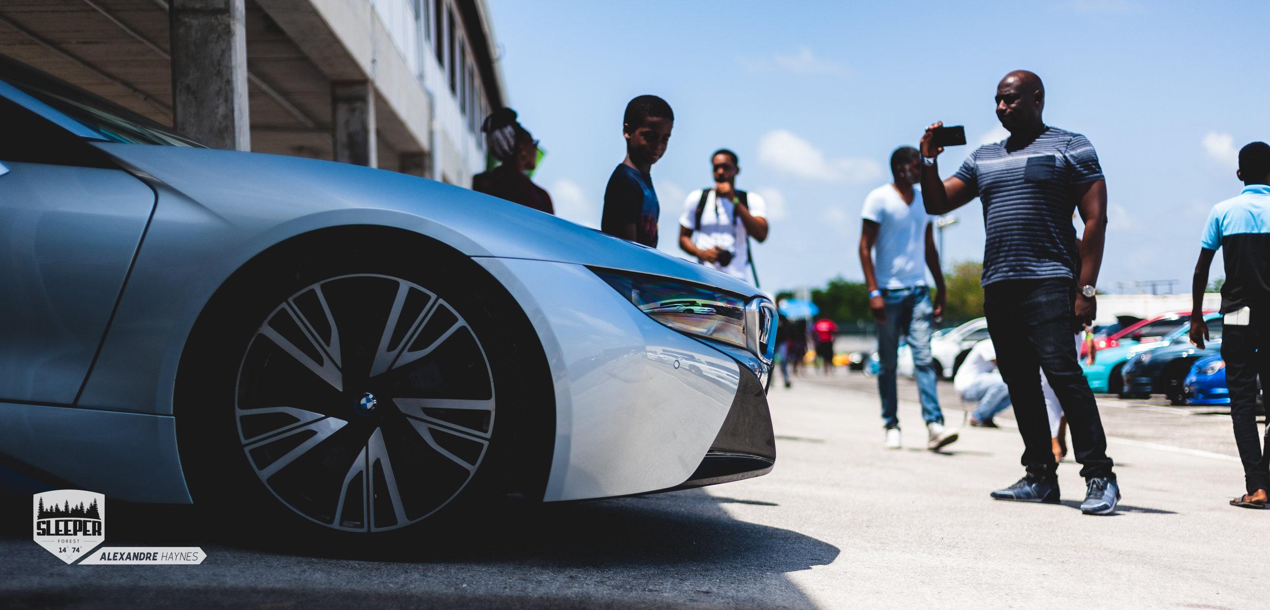 BMW_i8_barbados
