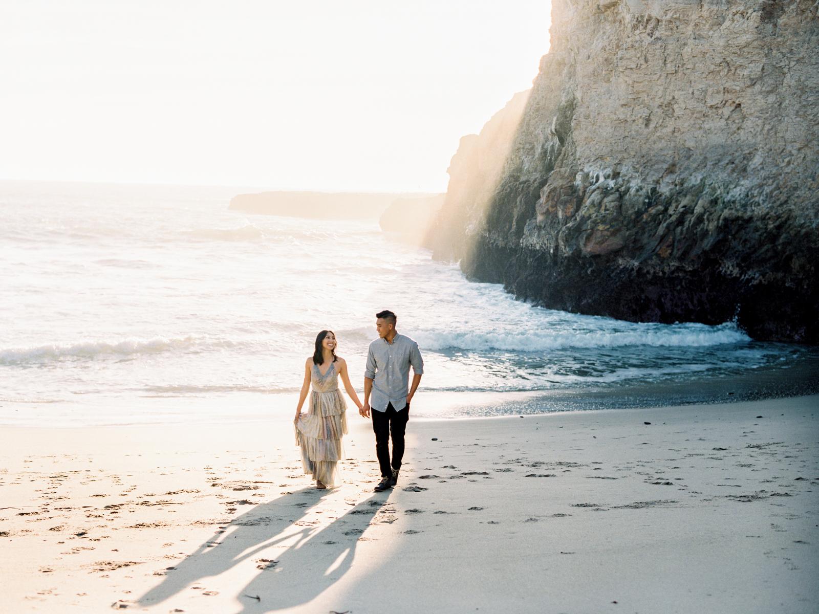 Santa Cruz Beach Engagement Session-2.jpg
