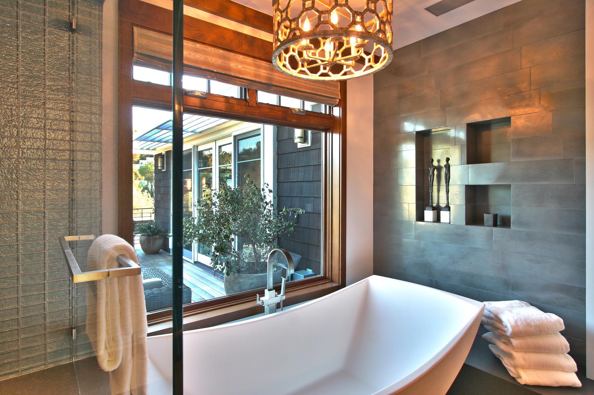 bathhhh.jpg