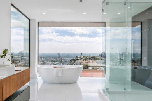 Master Bathroom.png