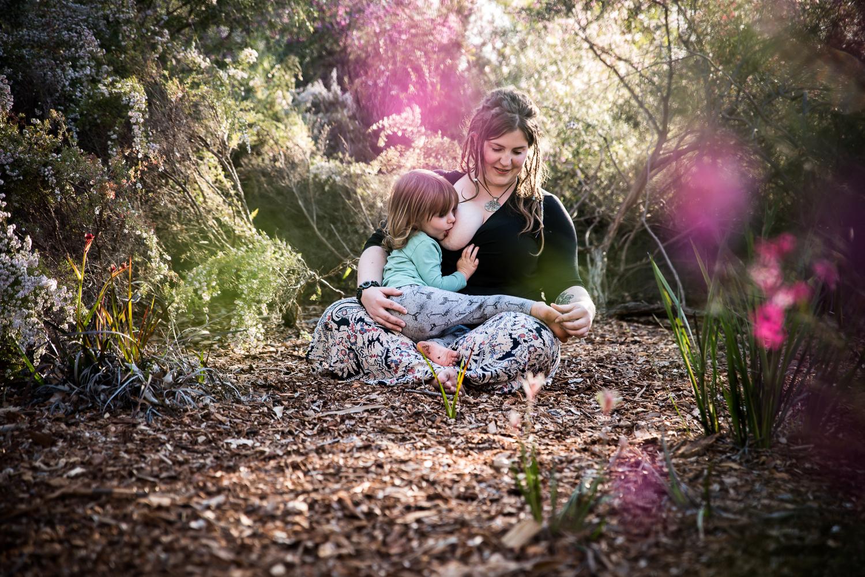 Motherhood-and-Breastfeeding-Photography-Perth-2.jpg