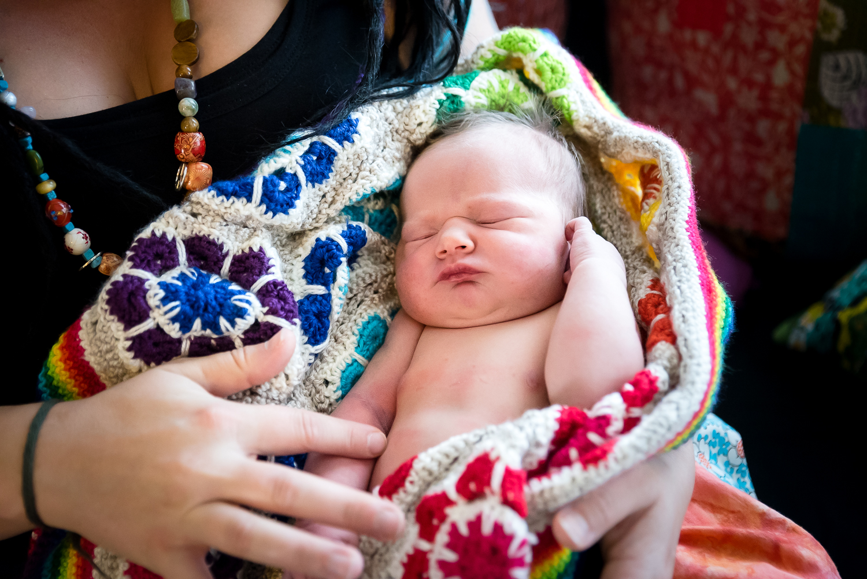 Newborn-bonding-photography-Perth-3.jpg