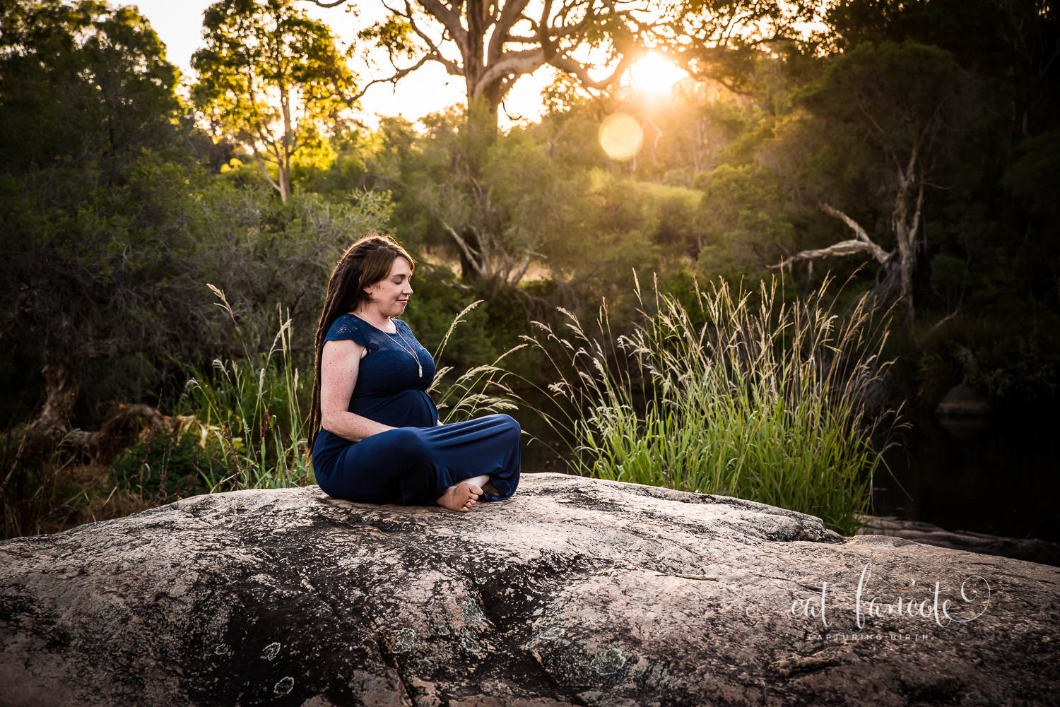 Relaxed-Maternity-Session-in-Perth-Hills_Perth-Birth-Maternity-Photographer8.jpg