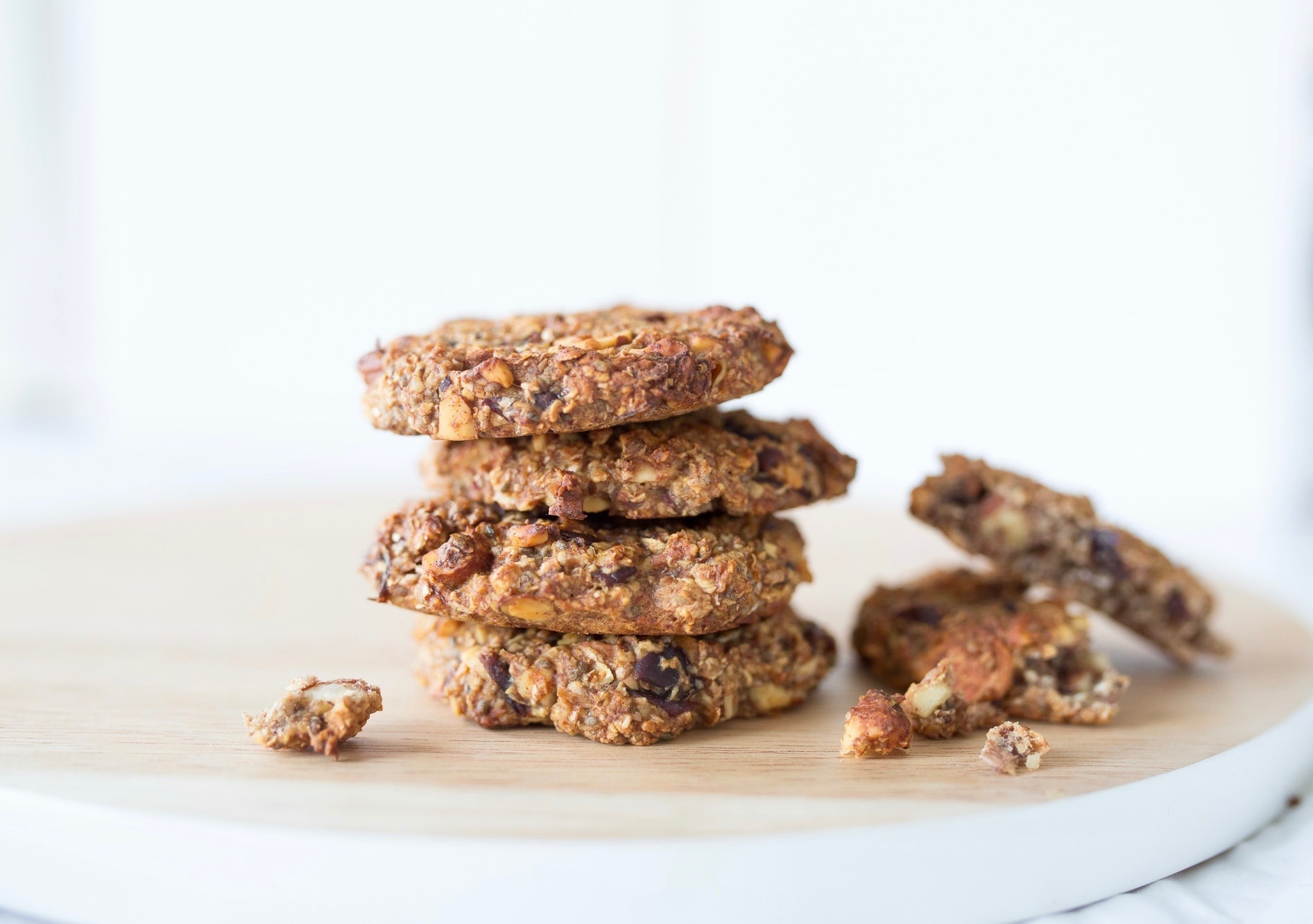 Nordic Honey_Breakfast Cookies with Dates, Almonds and Honey