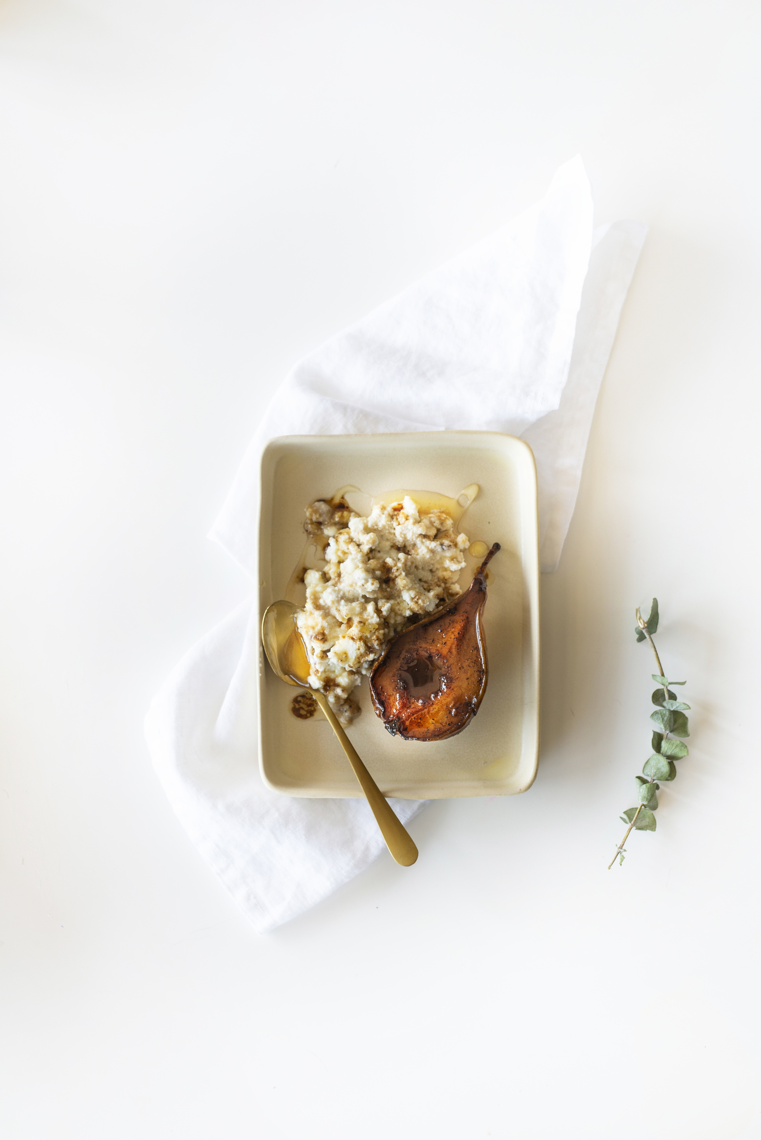 Nordic Honey_Roasted pears with Ricotta and Honey_6.jpg
