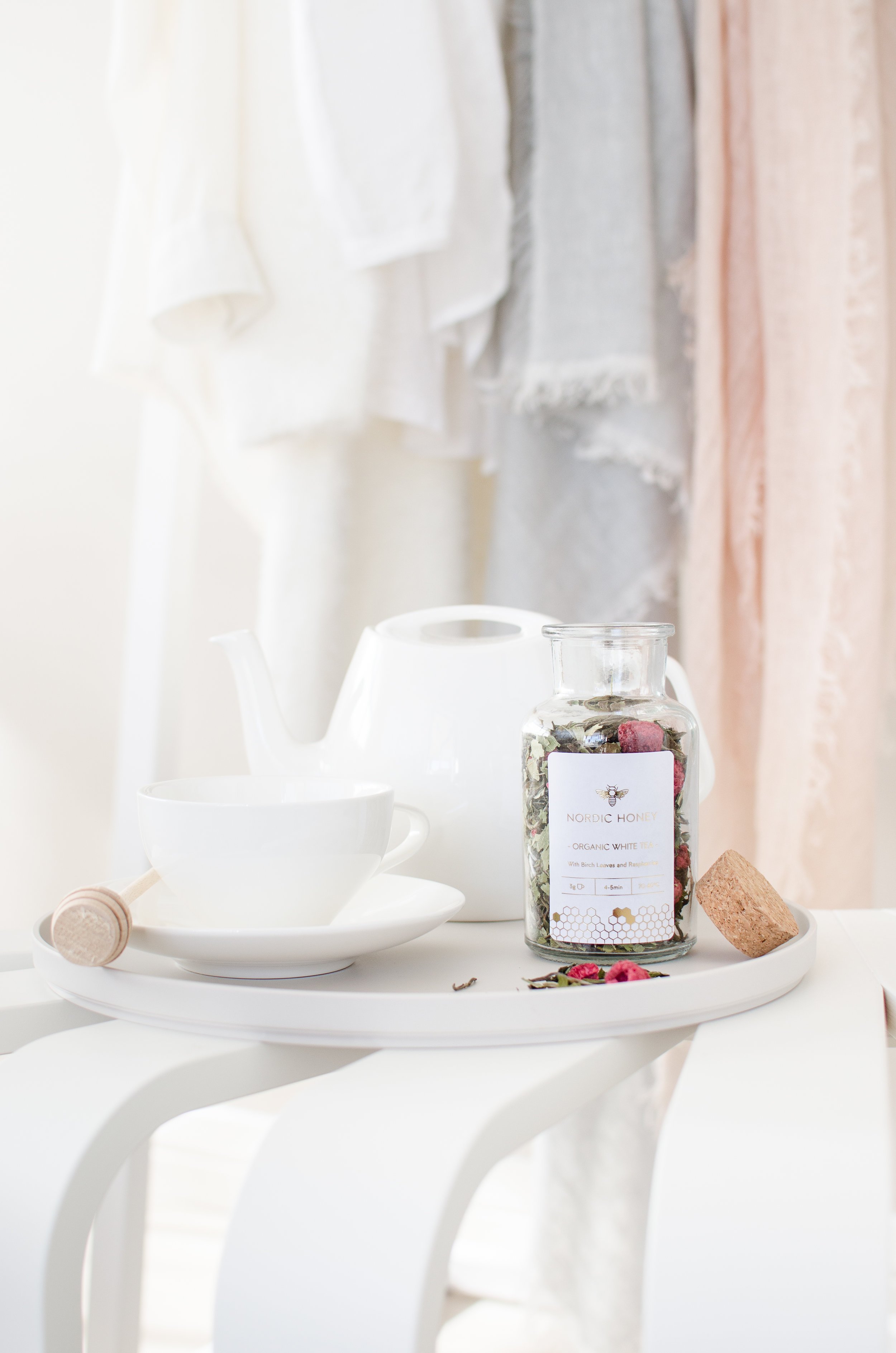 Nordic Honey_Health Benefits of White tea_White Tea with Birch Leaves & Raspberries_jar with cork.jpg