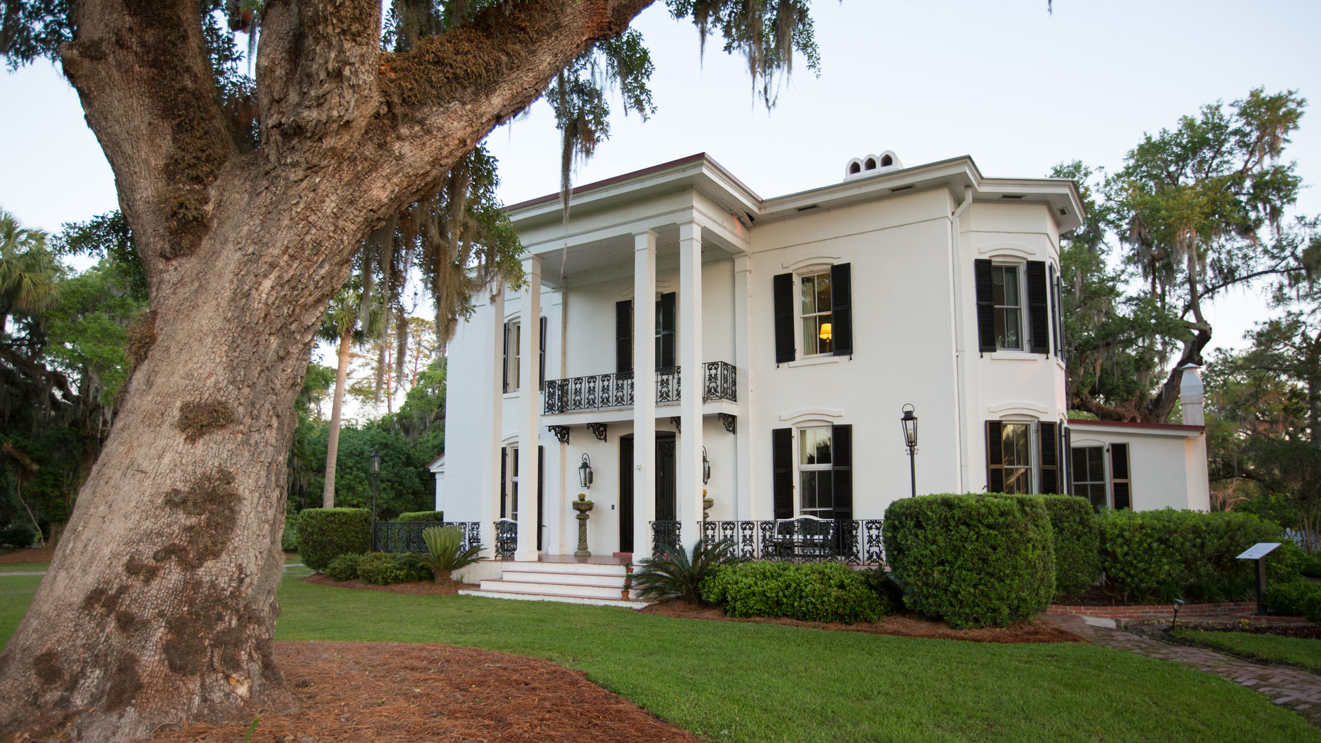 The Elliott House