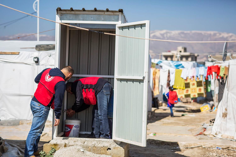Röda Korset instalerrat latriner för syriska flyktingar_1500.jpg