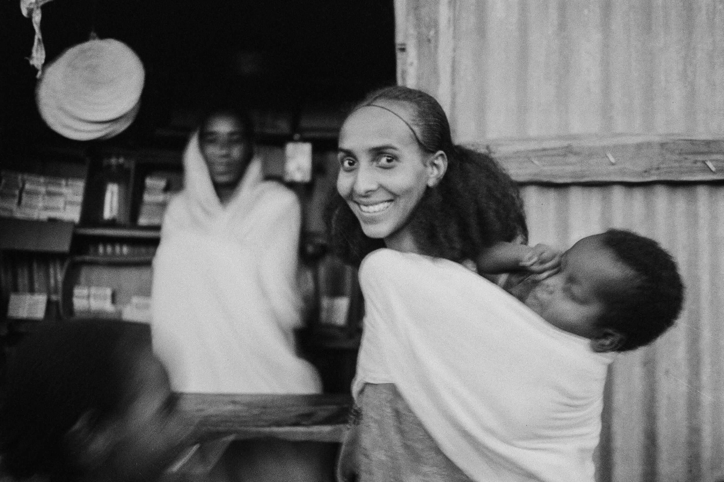At dusk, the Ethiopian bombings cease and the market can open again. Segeneiti, Eritea 1990.