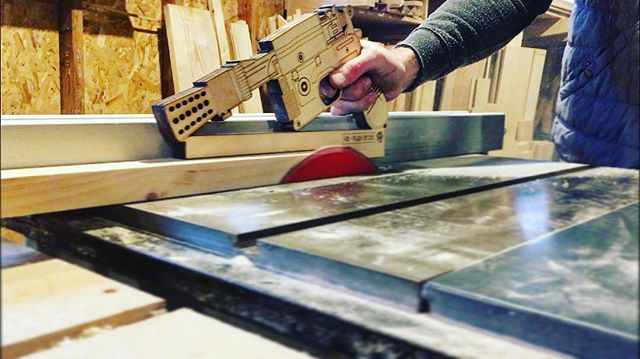 I mean, this push stick is pretty much the greatest thing in the galaxy. Thanks, @laserlion_fab! #carpentry #woodworking #tablesaw #starwars #hansolo
