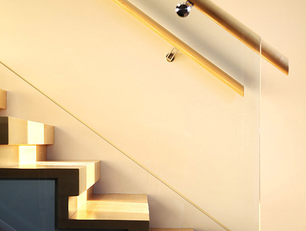 Stair detail - (Brad Lamoureux Arch.)