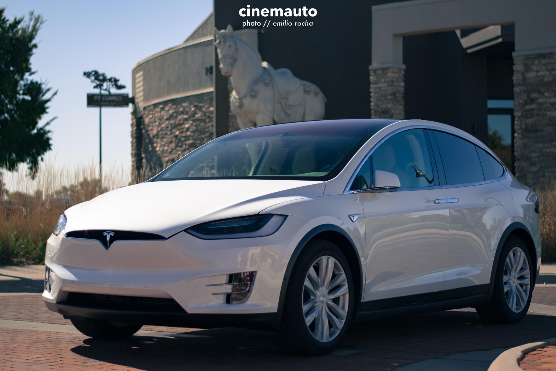 TeslaCinemauto-6.jpg