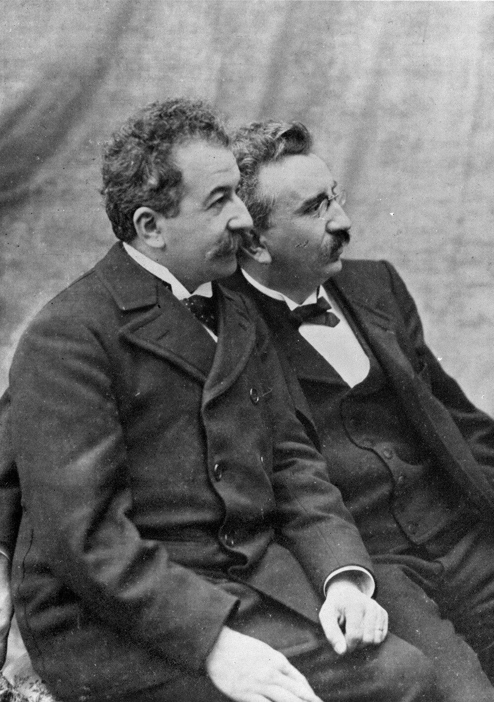 Lumiere-brothers-portrait.jpg