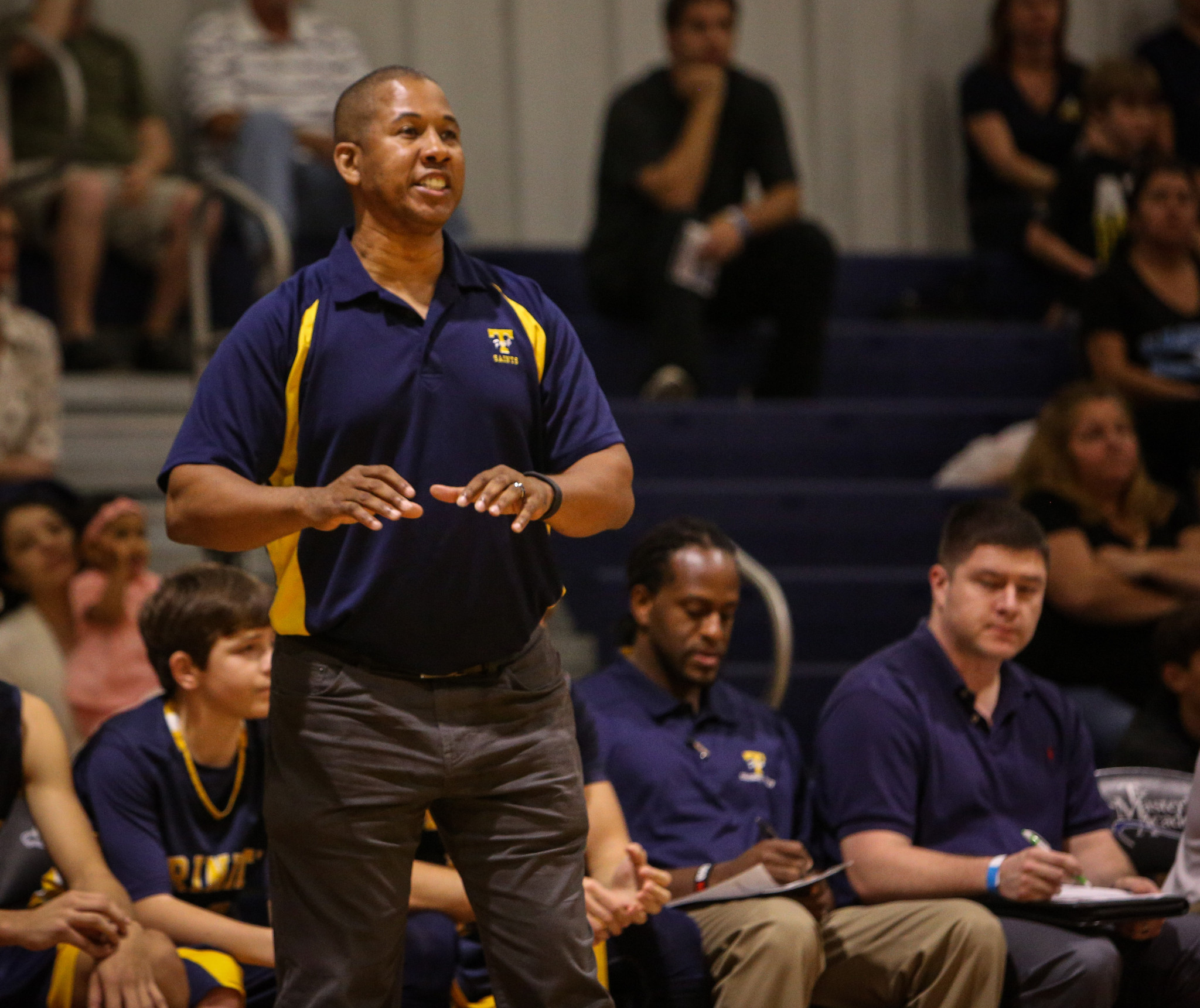 os-basketball-trinity-prep-needs-fill-in-for-coach-irwin-hudson-ocp-looking-20160315.jpg
