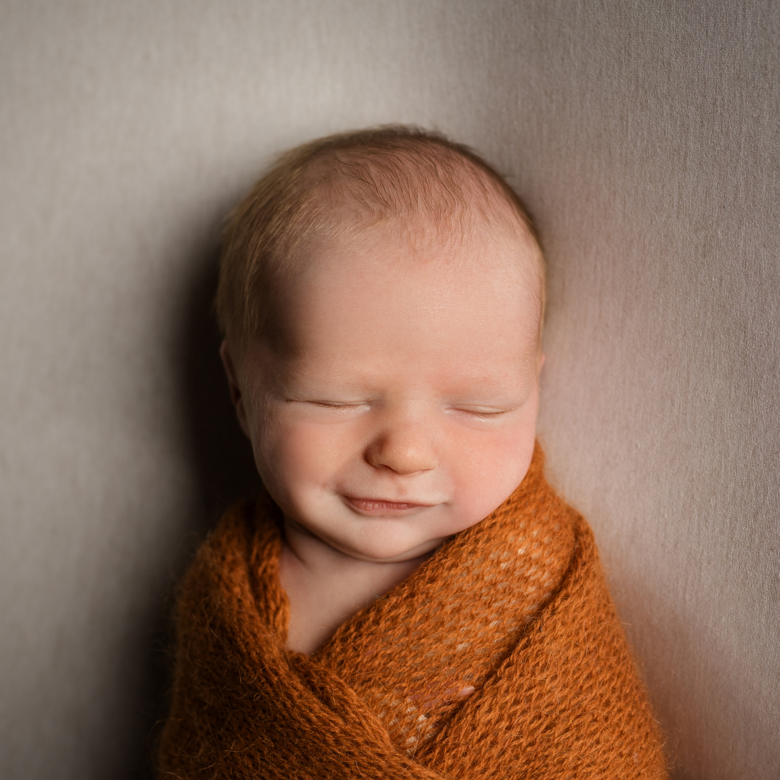 newborn photographer aberdeen