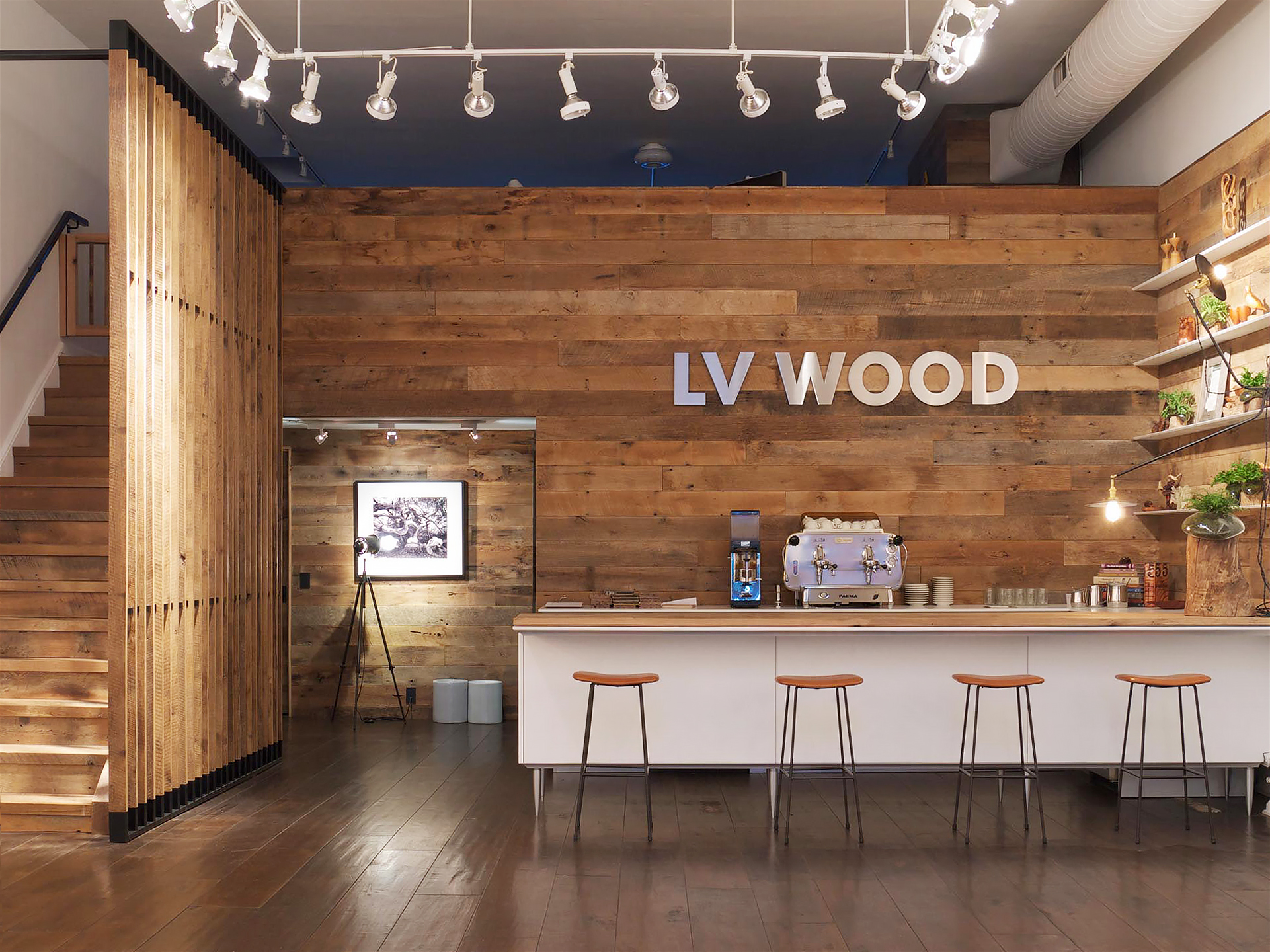 lv-wood-wall-and-custom-stairs