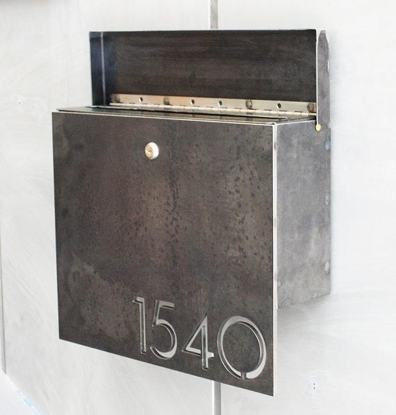 Etsy-The-Gibson-Mailbox.jpg