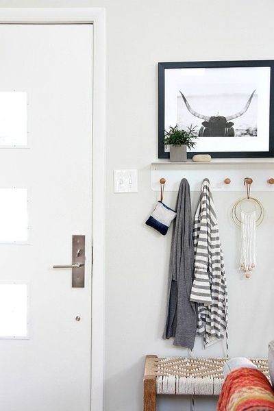 small-entryway-with-hooks.jpg