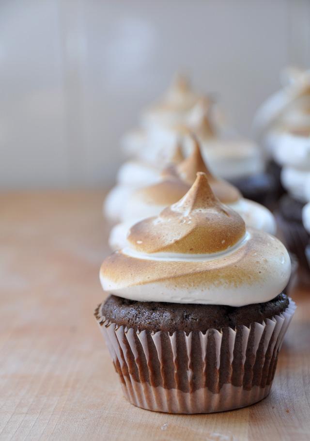 Smores_Cupcakes_8.jpg