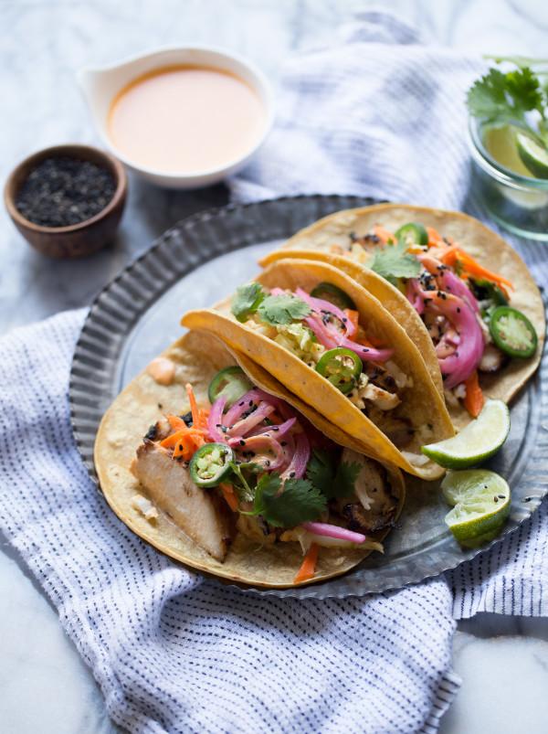 Korean-Chicken-Tacos_4-e1449121577553.jpg